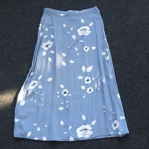 Villager Liz Claiborne Misty Blue Floral Skirt 12